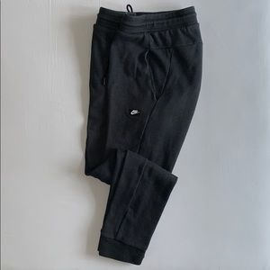 Nike charcoal gray joggers